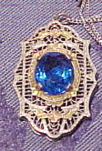 Sterling filligree pendant with blue glass (Image1)