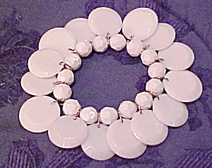 Plastic bracelet with dangles (Image1)