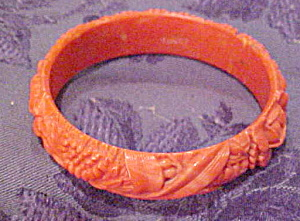 Celluloid bangle with floral design (Image1)
