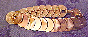 Retro bracelet with disk design (Image1)