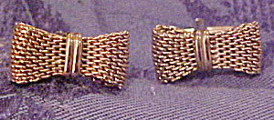 Bow shaped cufflinks (Image1)