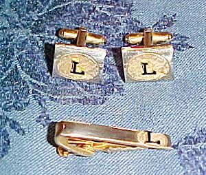 """L"" cufflinks and tie bar (Image1)"
