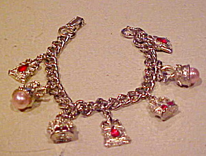 Charm bracelet with seven charms (Image1)
