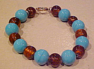 Contemporary bead bracelet (Image1)