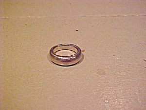 Sterling band style ring (Image1)