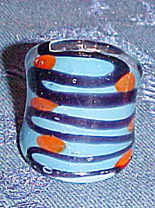 Handblown glass ring (Image1)