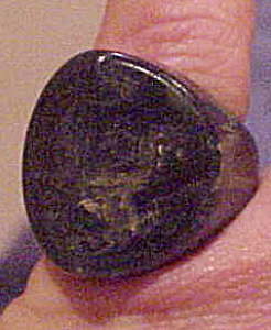 Marbled green Bakelite ring (Image1)