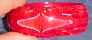 Marbled red bangle (Image1)