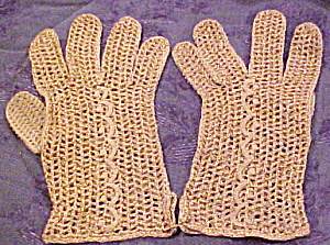 Tan and gold crocheted gloves (Image1)