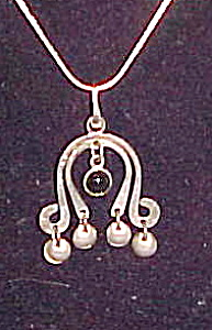 1960s sterling and amethyst pendant (Image1)