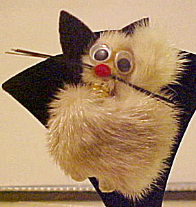Fur cat pin with google eyes (Image1)