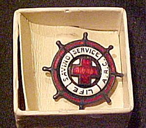 Life Saving Service pin (Image1)