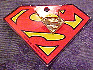 Superman necklace (Image1)