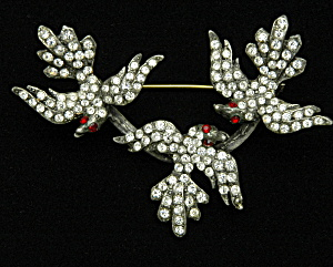 Triple bird brooch (Image1)