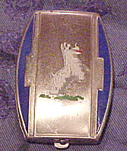 Deco compact with dog design (Image1)