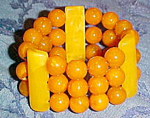 Bakelite 3 strand bracelet (Image1)