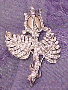 Staret flower brooch (Image1)