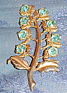 Leaf brooch with light blue rhinestones (Image1)