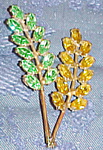 Double leaf pin with rhinestones (Image1)