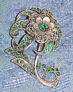 Flower pin with green rhinestones (Image1)