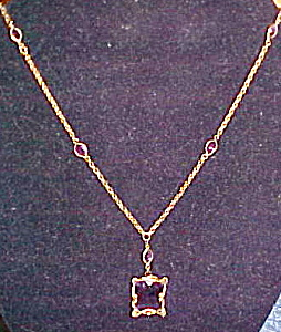 Czechoslovakian necklace with amethyst glass (Image1)