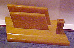 Bakelite letter and pen holder (Image1)