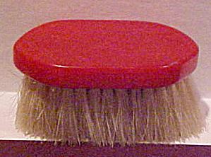 Red Bakelite small brush (Image1)