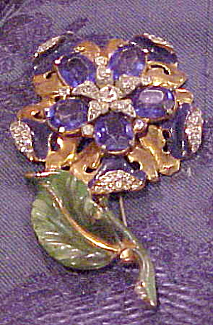 Flower pin with enameling and stones (Image1)