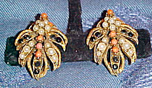 Florenza earrings (Image1)
