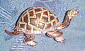 Sterling vermeil turtle pin (Image1)