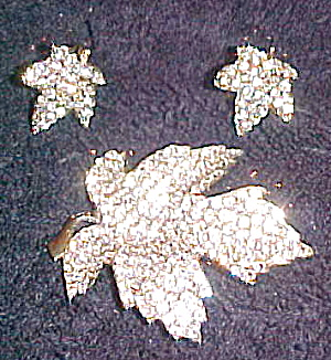 Rhinestone leaf pin and earrings (Image1)