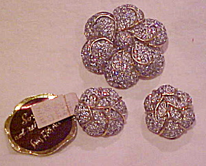 Jomaz pin and earrings set (Image1)