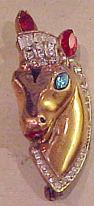 Corocraft horse head pin (Image1)