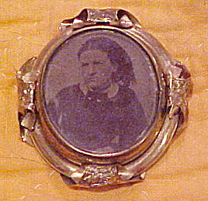 Victorian Double Photo Brooch