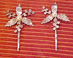 Leaf bobby pins (Image1)