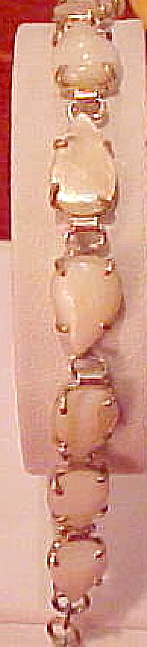 Mother of pearl bracelet (Image1)