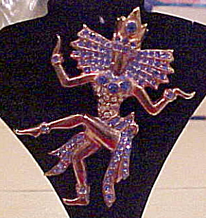1940s Thai Dancer pin (Image1)