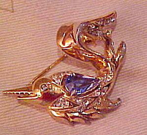 Reja fish brooch (Image1)
