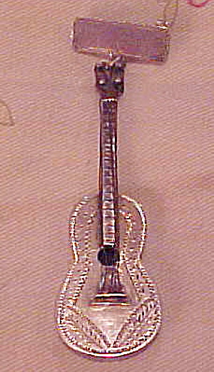 Mexican Sterling guitar pin (Image1)