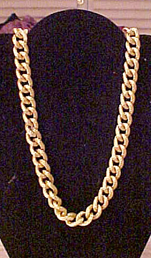 Goldtone link necklace (Image1)