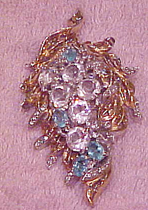 Fabulous 1940s leaf design brooch (Image1)