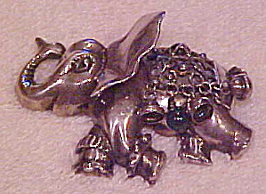 Natacha Brooks Sterling Elephant pin (Image1)