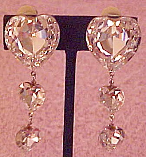 1980s rhinestone heart earrings (Image1)