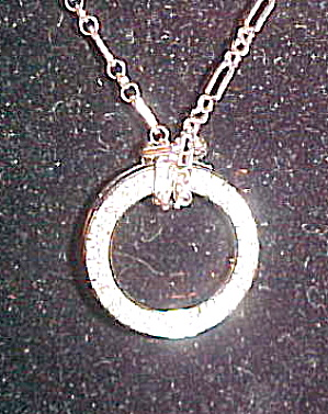 Circle pendant with rhinestones (Image1)