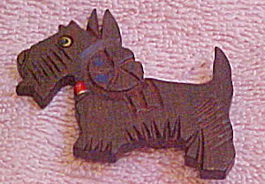 Wood dog pin (Image1)