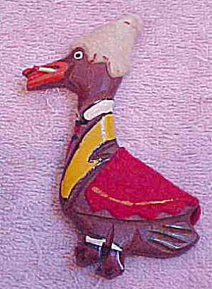 1940s Wood duck pin with cigarette (Image1)