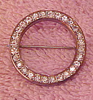Czechoslovakian circle pin (Image1)