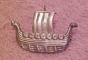 Scandinavian sterling viking ship pin (Image1)