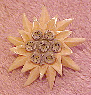 Carved ivory flower pin (Image1)