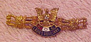 FOE ladies auxiliary pin (Image1)